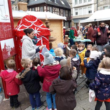 Inauguration de la boîte aux lettres du Père Noël