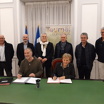 Signature de la convention du Tournoi International de Guerlédan
